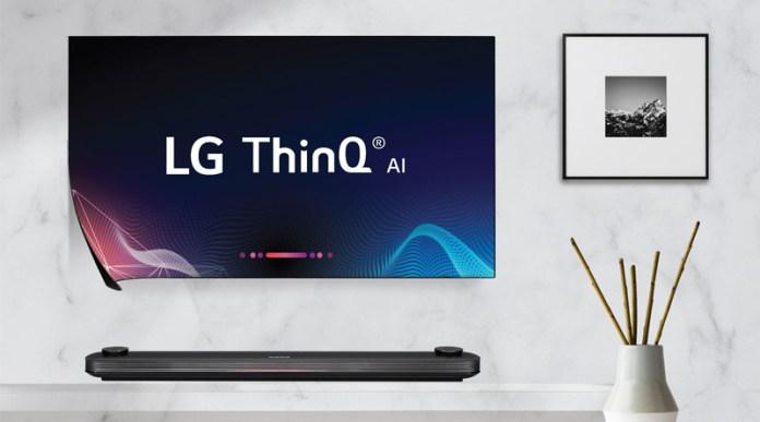 areflect Samsung QLED 8K TV