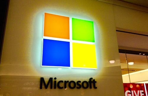 Slack accuses Microsoft