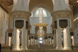 Chandeliers in Grand mosque in Abu Dhabi2