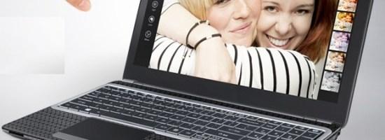 Touch screen pe laptop-uri mai ieftine