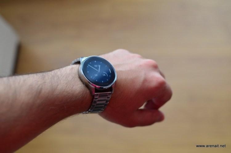 Alphabet (Google) ar putea cumpara Fitbit