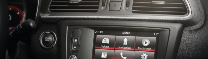 Review Renault R-Link 2