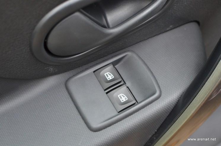 Dacia-Sandero-Prestige-Dotari (12)