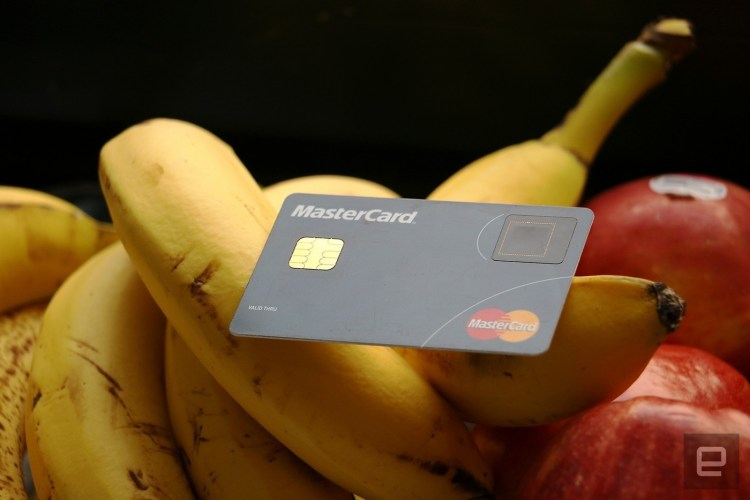 MasterCard si Samsung lanseaza primul card cu senzor de amprenta integrat