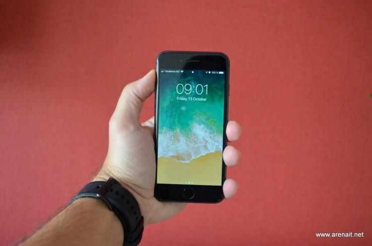 Apple pregateste iPhone 8S pentru cei care cauta un telefon clasic