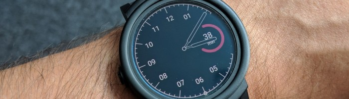Ticwatch E review: cel mai ieftin smartwatch cu Android Wear