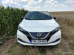 Nissan-Leaf-2018-review-exterior (5)