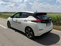 Nissan-Leaf-2018-review-exterior (8)