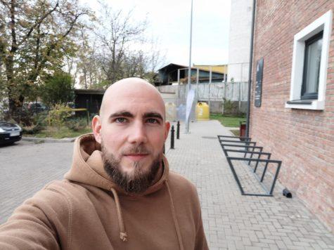 Mate20Pro selfie (1)