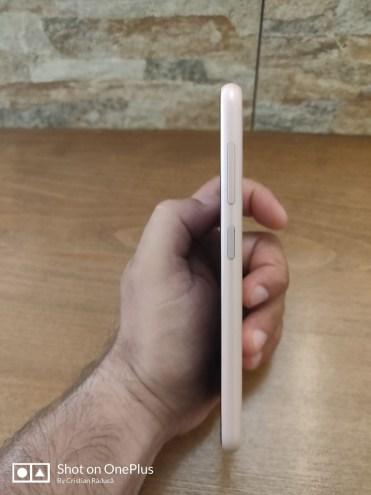 Nokia 4.2 side1