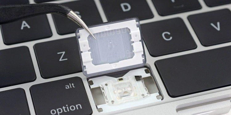 Apple renunta la tastatura Butterfly