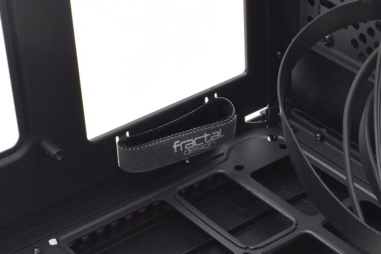 Prezentare carcasă Fractal Design Era ITX