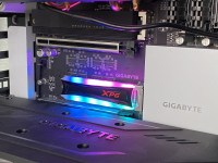 Review SSD XPG Spectrix S40G cu iluminare RGB si capacitate mare cu interfata PCI Express 3.0