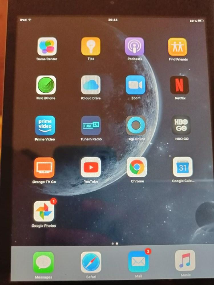 Am reușit să readuc la viață un iPad Mini din 2012