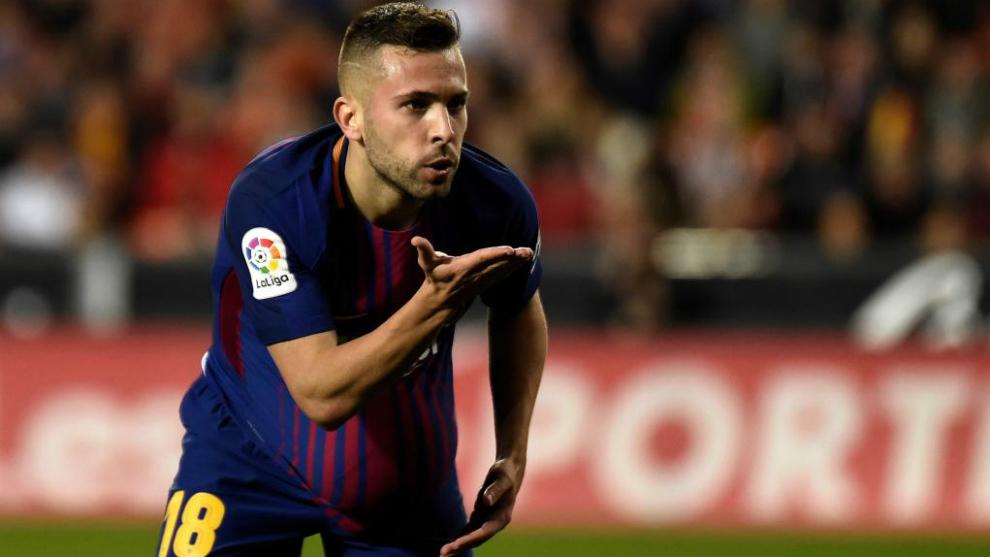 Jordi Alba Resmi Memperpanjang Kontrak 5 Tahun di Barcelona