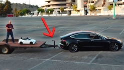 Tesla Model 3 römork takılarak test edildi!