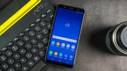 Samsung Galaxy J8, AR Emoji desteği aldı!