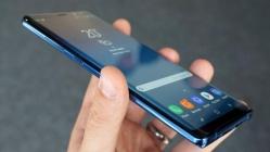 Galaxy S10 ile ekran koruyucu kullanmak can sıkacak