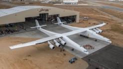 Şaşırtan fiyat! Dünyanın en büyük uçağı satışta!