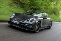 Porsche sahipleri üç yıl ücretsiz internet alacak