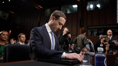 Zuckerberg canlı yayında ifade verecek!