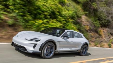 Porsche Taycan, tasarımıyla göz kamaştırıyor!