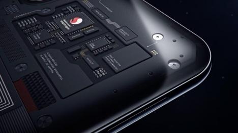 Snapdragon 8150 ile çalışan ilk telefon geliyor!
