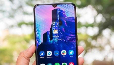 Samsung'un Galaxy A serisi rekora koşuyor!