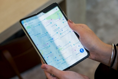 Samsung'tan yeni katlanabilir telefon patenti!