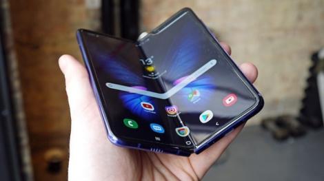 Samsung Display Galaxy Fold için sinyali verdi