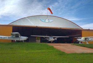 Hangar Ares Aviação
