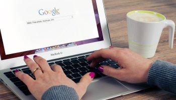 cara melihat kontak yang tersimpan di google