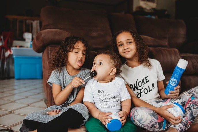 Do you run out of ideas of things to do with your kids in the summer? Do they drive you crazy? Here are some suggestions for building a closer relationship.