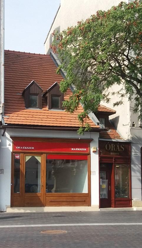 9400 Sopron, Várkerület 60. kiadó üzlet