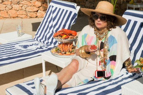 absolutely-fabulous-the-movie-6
