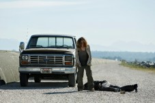 Dirk Gently's Holistic Detective Agency, Season 1, Episode 1, Bart Curlish (Fiona Dourif) and Ken (Mpho Koaha)