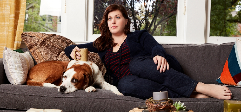 Downward Dog Review – ABC Comedy Mostly Misses Out On Web Series