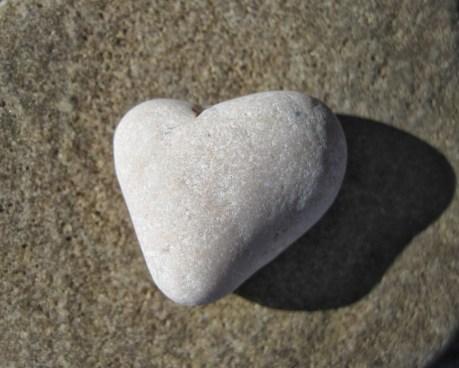 corazon-piedras-38