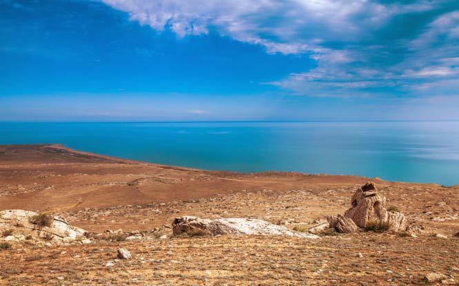 أكبر البحيرات الطبيعية في العالم
