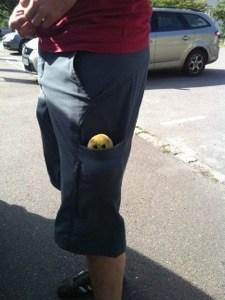 Stafylokock i fickan, nya modedetaljen? I stället för bäverboll?