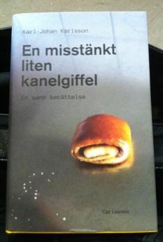 """""""En misstänkt liten kanelgiffel"""" av Karl-Johan Karlsson"""