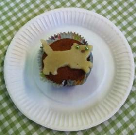 Muffins med kattdekoration från Stockholms Katthem