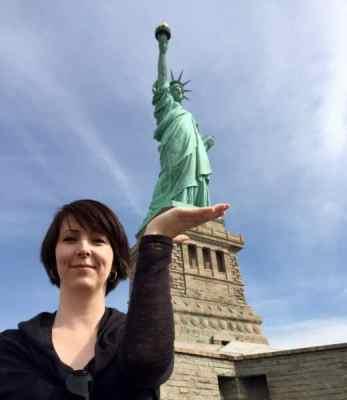 Arga Klara och Frihetsgudinnan i New York