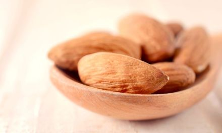 Almond Oil vs Argan Oil – Meaning, Benefits And Differences