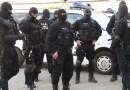 Percheziții fulger la Câmpulung! 33 de suspecți săltați de mascați