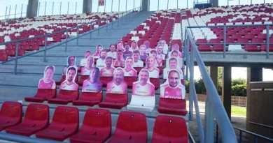 """Spectatori """"în tribune"""" la FC Argeș"""