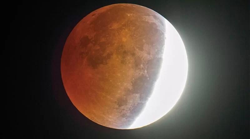 ECLIPSĂ de lună, vizibilă din România, în noaptea de marţi spre miercuri