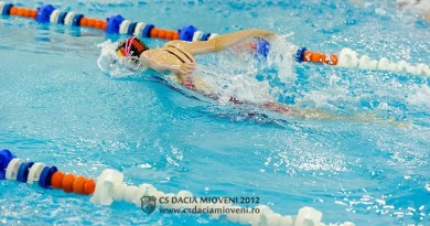 Înotătorii din Mioveni, în competiție