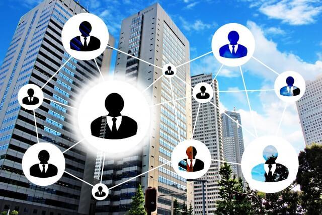 事務代行において、作業量が少なくても複数の担当者が必要な重要な理由