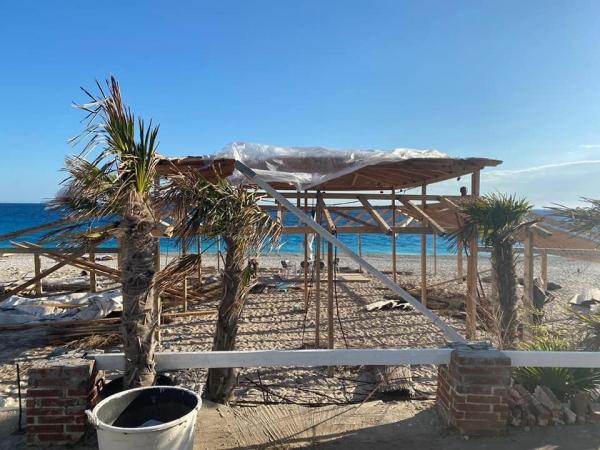Pas aksionit në Velipojë, IKMT zbret në jug, prishen 11 ndërtime në bregdet
